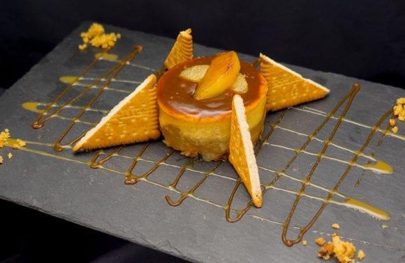 Cheesecake aux  pomme, petits beurre, noix et caramel